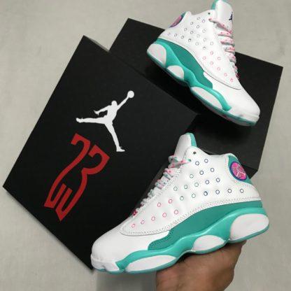 Jordan retro para mujer