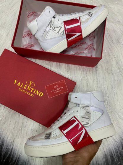 valentino 1.1 rojas